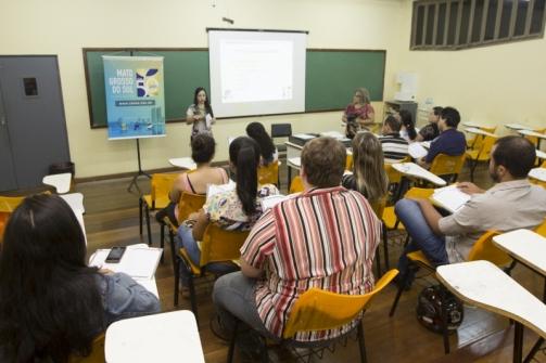 You are currently viewing Acadêmicos de Psicologia de Dourados participam de palestra com Conselho Regional